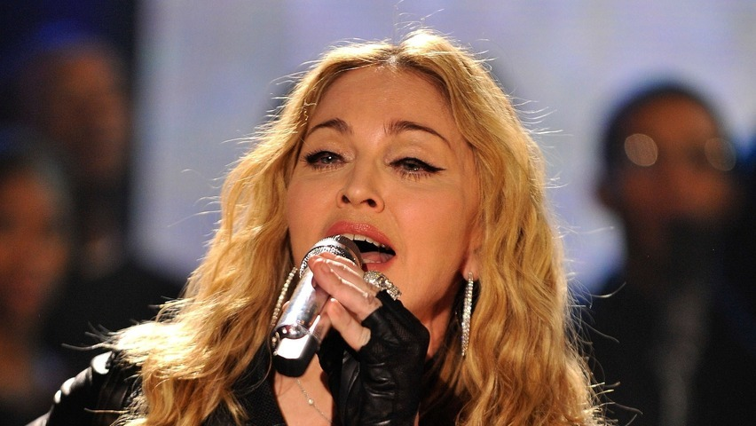 Madonna Branded As A Rude Movie Texter