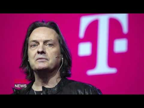 T-Mobile turns profit despite heavy discounting